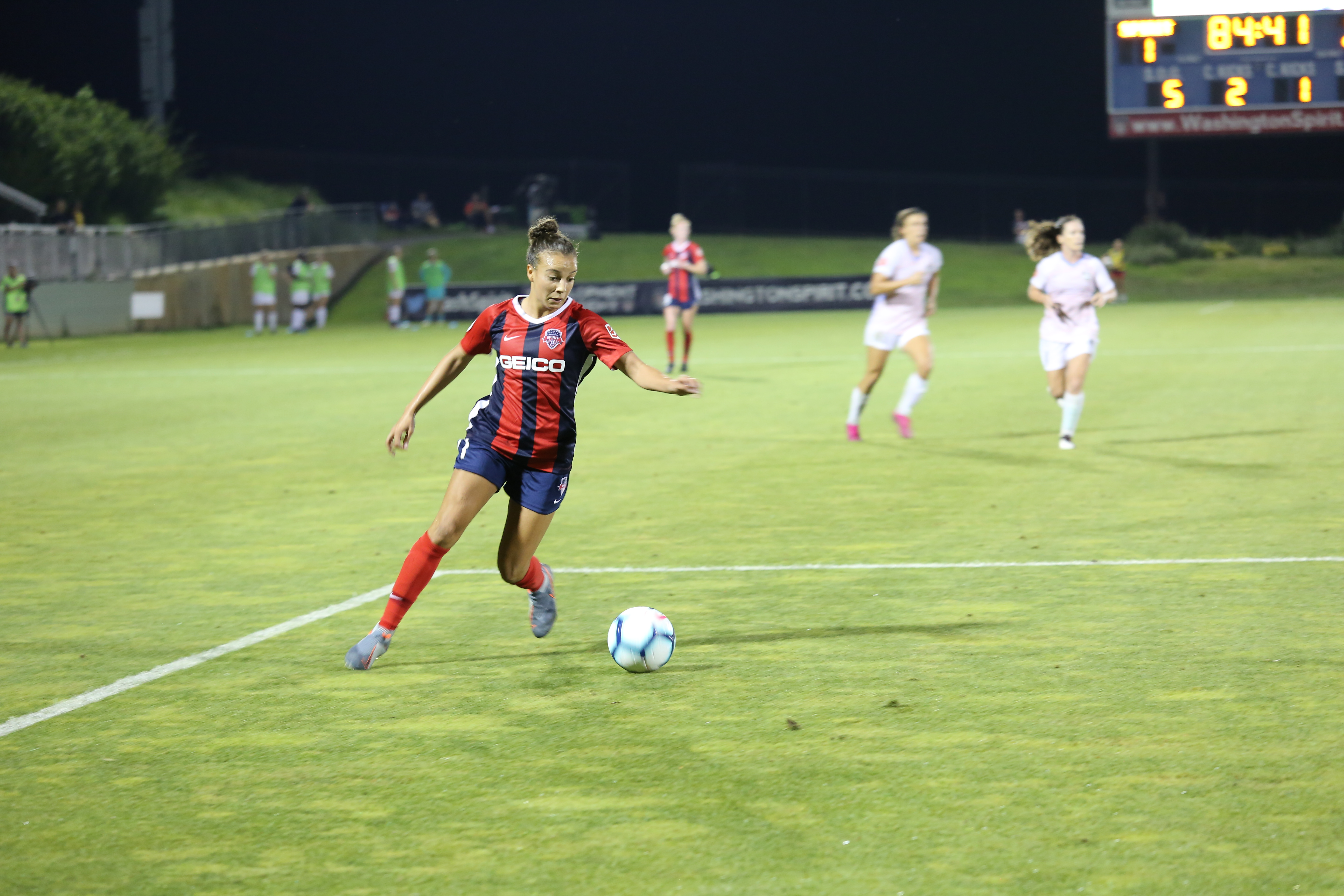 Spirit honor World Cup stars at sold out game, fall 2-1 to Houston Dash